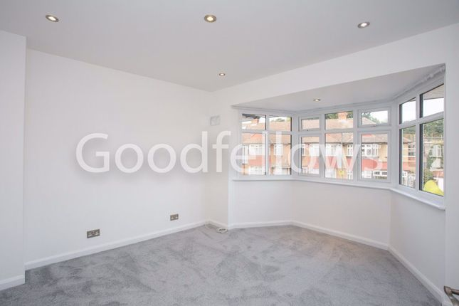Thumbnail Property to rent in Hatherleigh Close, Morden