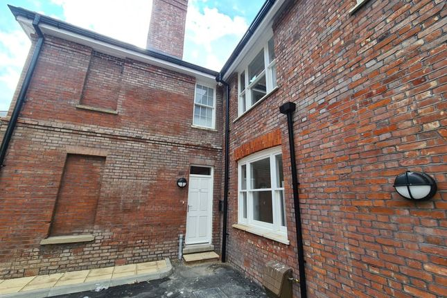 Thumbnail Terraced house to rent in Upper Stone Street, Maidstone, Kent.