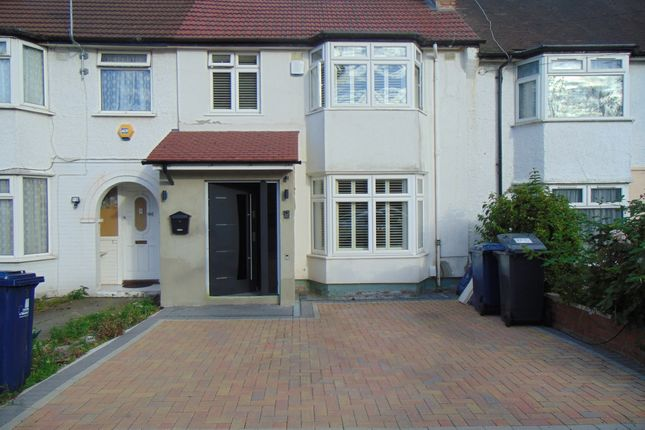 Elton Avenue, Greenford UB6
