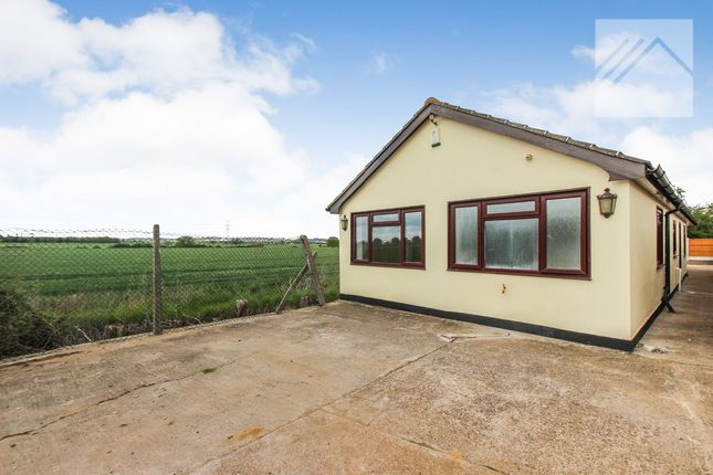 Thumbnail Bungalow for sale in The Annexe, Madrid Avenue, Rayleigh