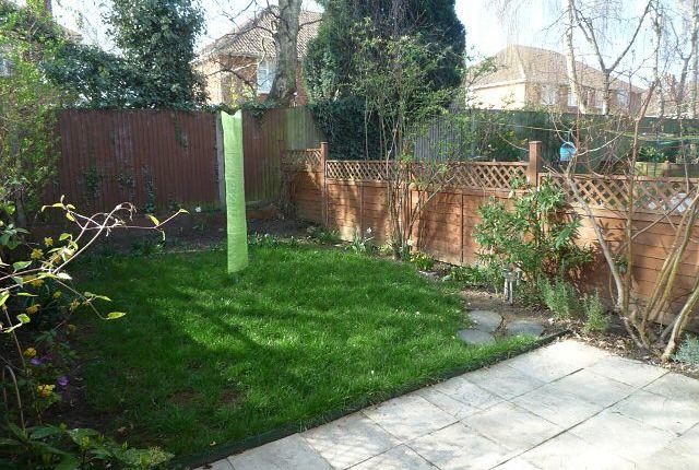 Thumbnail Flat to rent in Cornwall Road, Midanbury, Southampton
