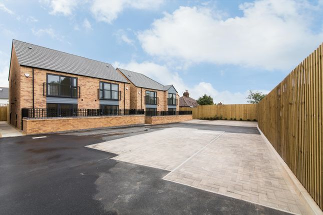 Thumbnail Semi-detached house to rent in Broadgate, Beeston, Nottingham