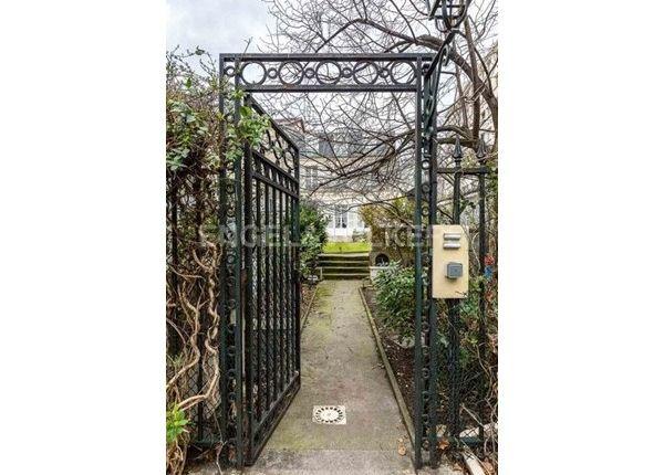 Thumbnail Property for sale in 75012, Paris 12Ème, Fr