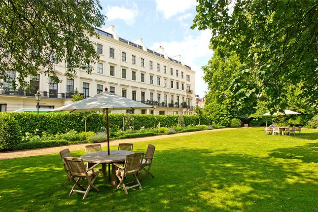 3 bed flat for sale in Hyde Park Gardens, Hyde Park, London W2