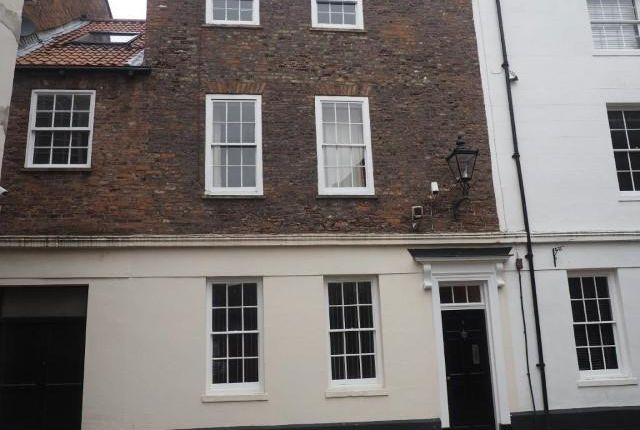 Thumbnail Town house for sale in Prince Street, Hull
