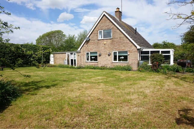 Thumbnail Bungalow for sale in Stanwick Road, Raunds