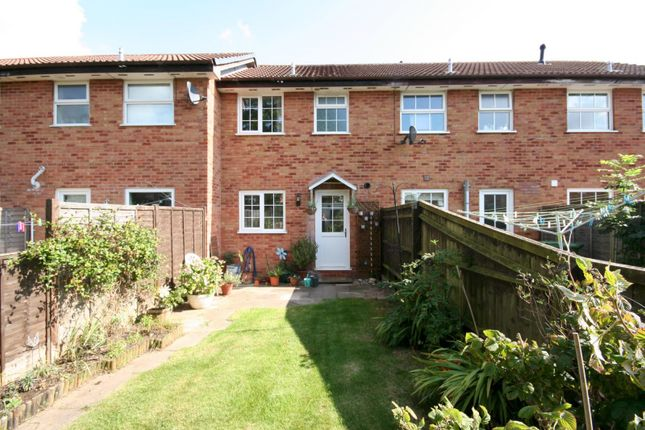 Thumbnail Terraced house to rent in Hadland Road, Abingdon