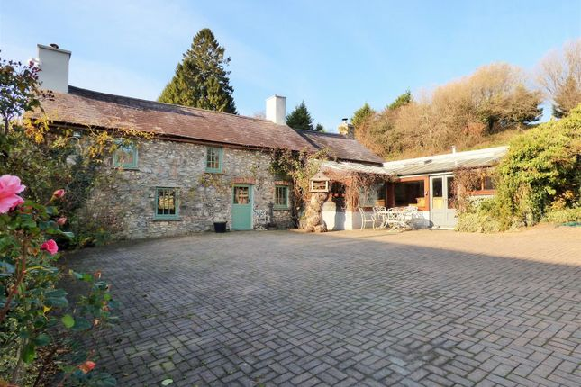 Thumbnail Farm for sale in Porthyrhyd, Llanwrda
