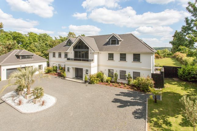 Thumbnail Detached house for sale in Fetcham, Surrey