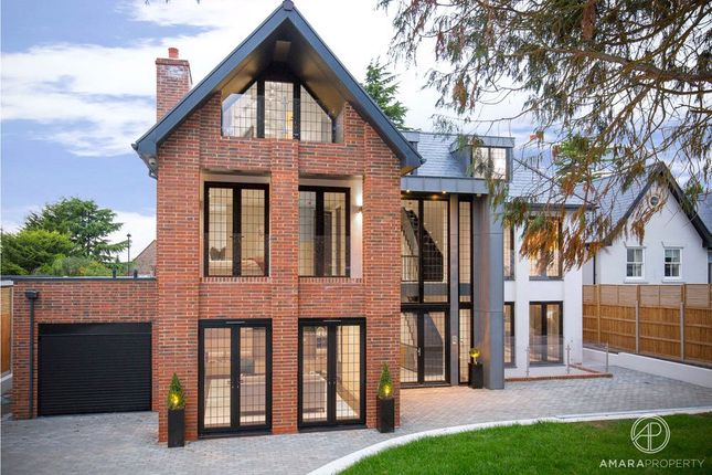 Thumbnail Detached house for sale in Beech Hill, Barnet, Hertfordshire