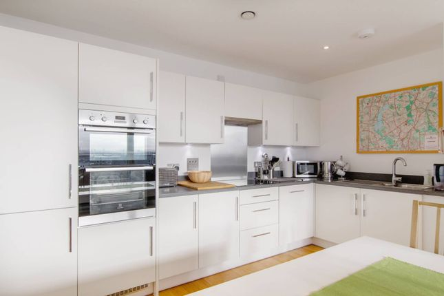 Thumbnail Flat to rent in Station Approach, Walthamstow