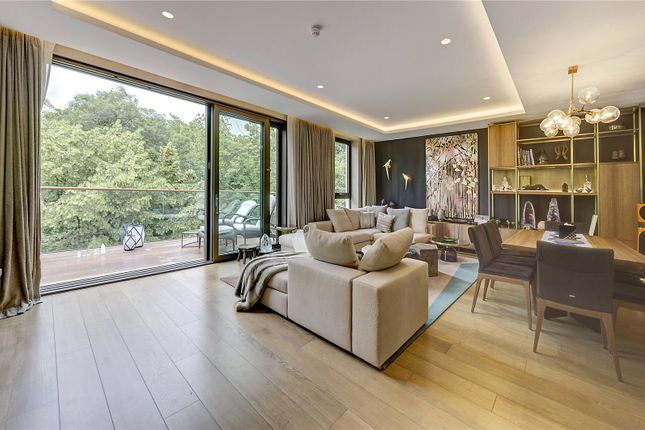 Thumbnail Flat for sale in Holland Park Villas, Campden Hill, London