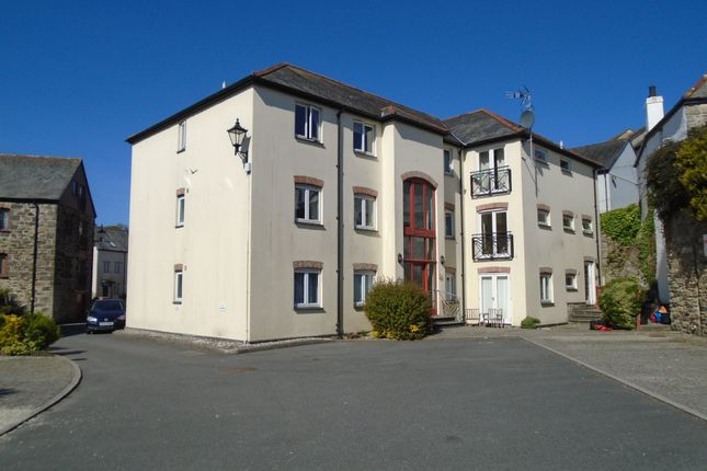 2 bed flat to rent in Harbour Village, Penryn TR10