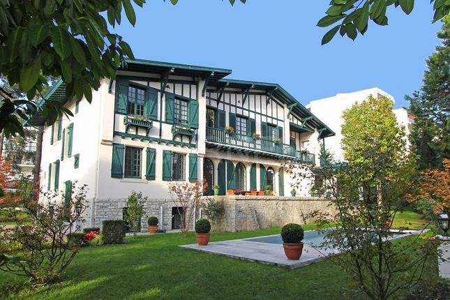 Thumbnail Property for sale in 64200 Biarritz, France