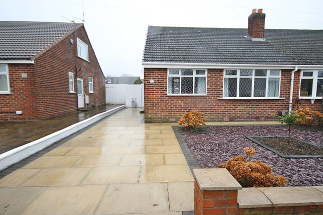 3 bed bungalow to rent in Gainsborough Road, Warrington WA4