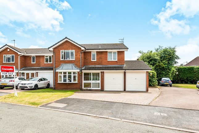 Thumbnail Detached house for sale in Chell Close, Penkridge, Stafford