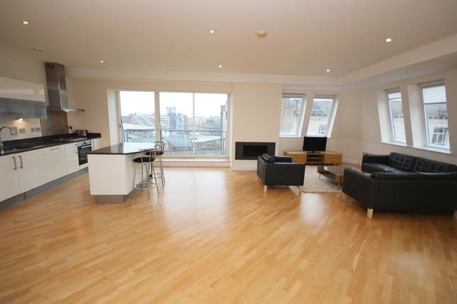 Thumbnail Flat to rent in West Bute Street, Cardiff