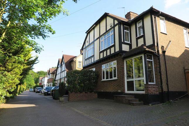 Thumbnail Semi-detached house to rent in Ridgeway Close, Hemel Hempstead