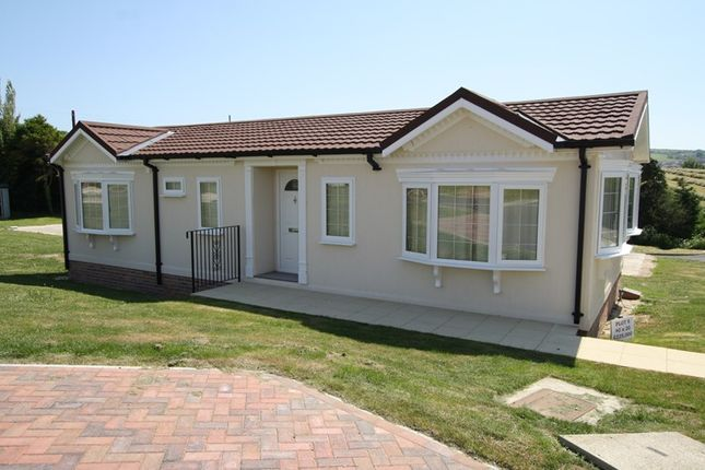 2 bed mobile/park home for sale in Institute Road, Swanage