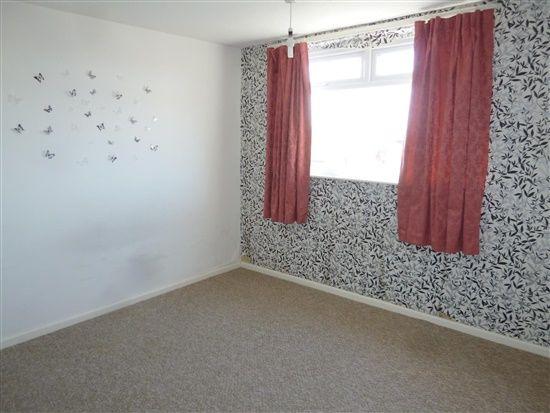 Bedroom 1 of Hestham Avenue, Morecambe LA4