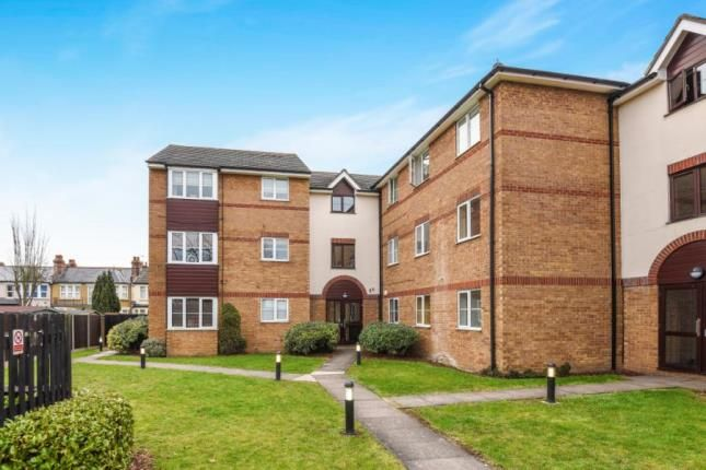 1 bed flat for sale in Higham Station Avenue, Chingford, London