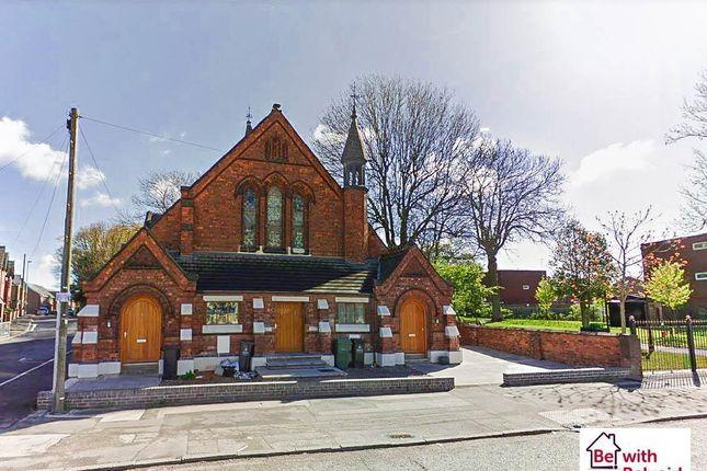 Thumbnail Flat to rent in Darlaston Road, Darlaston, Wednesbury
