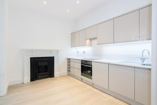 Thumbnail Detached house to rent in Fairlawn Avenue, Chiswick, London