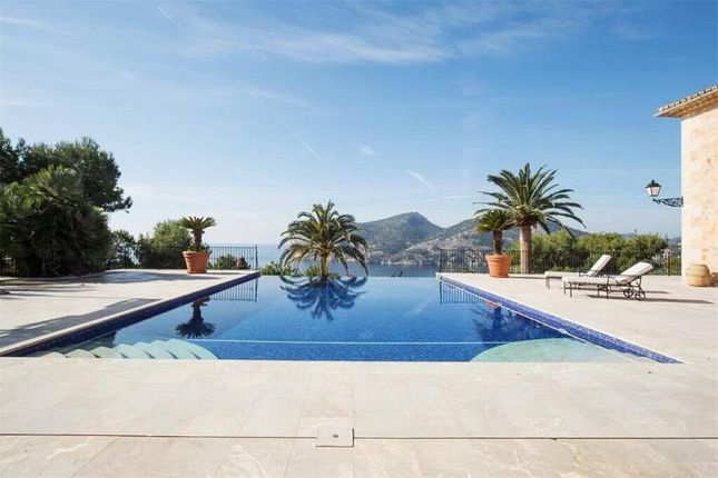 Thumbnail Villa for sale in 12 Bedroom Villa, Camp De Mar, Balearic Islands, Spain