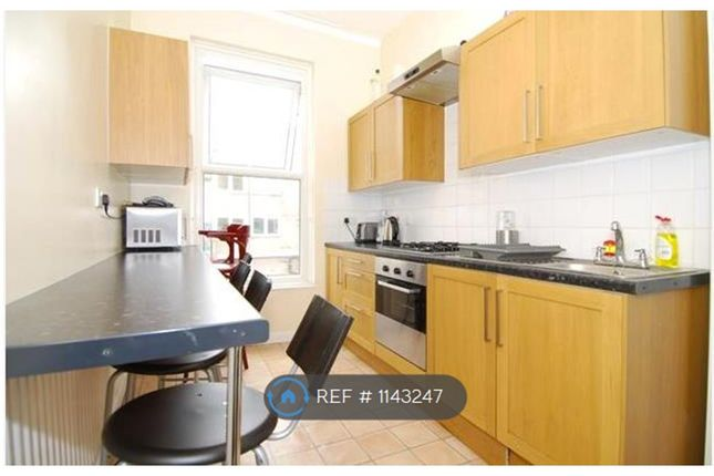5 bed flat to rent in Malden Road, London NW5