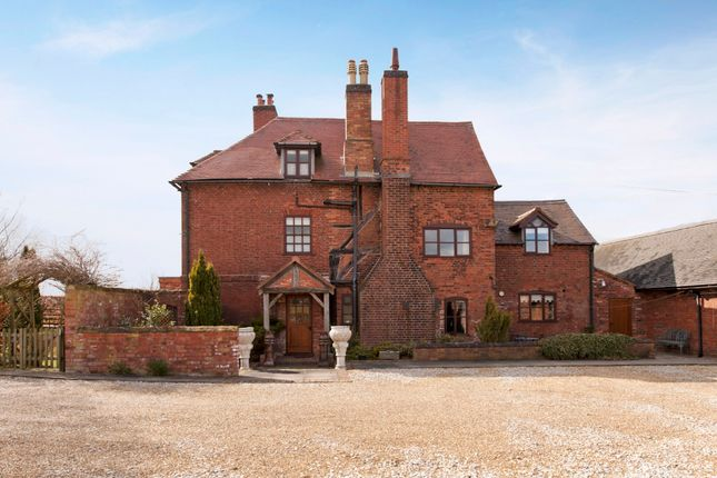 Thumbnail Farmhouse to rent in Baxterley, Atherstone