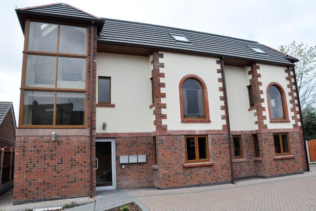 Thumbnail Flat to rent in 37 John Robert Gardens, Carlisle