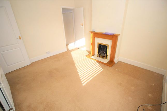 Flat Lounge1 of Brookhill Street, Stapleford, Nottingham NG9