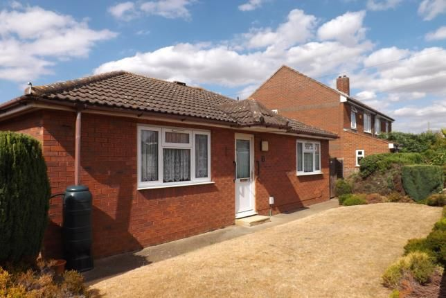 Thumbnail Bungalow for sale in Glebe Road, Biggleswade, Bedfordshire
