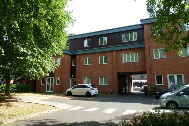 Flat for sale in Goosemoor Lane, Erdington, Birmingham