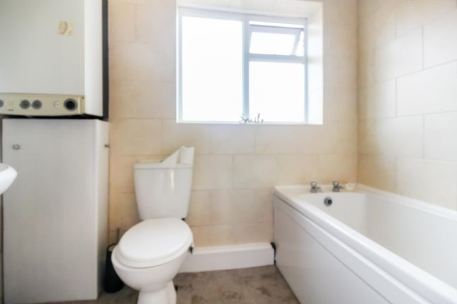 Bathroom of Lighthorne Road, Cheadle Heath SK3