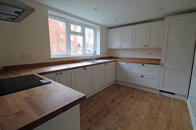 Thumbnail Flat for sale in Goodenough Way, Old Coulsdon, Coulsdon