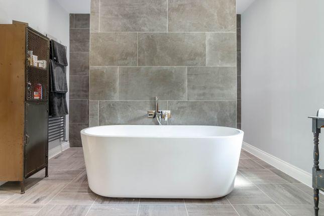 Bathroom of Stones Lane, Linthwaite, Huddersfield HD7