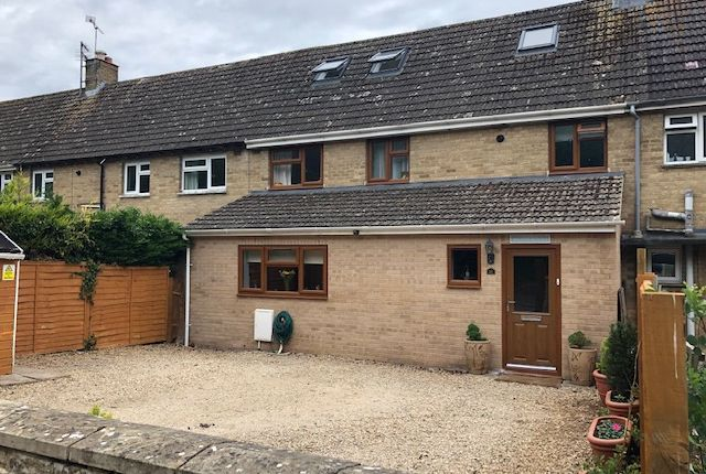 Thumbnail Terraced house for sale in Queensfield, Fairford