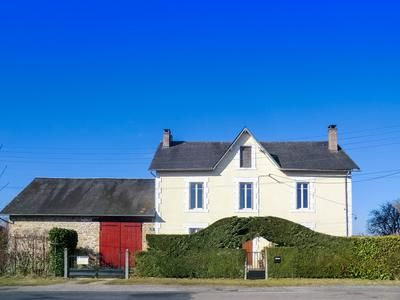 4 bed property for sale in Masseret, Corrèze, France