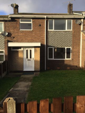 Thumbnail Town house to rent in Lonsborough Way, Pontefract