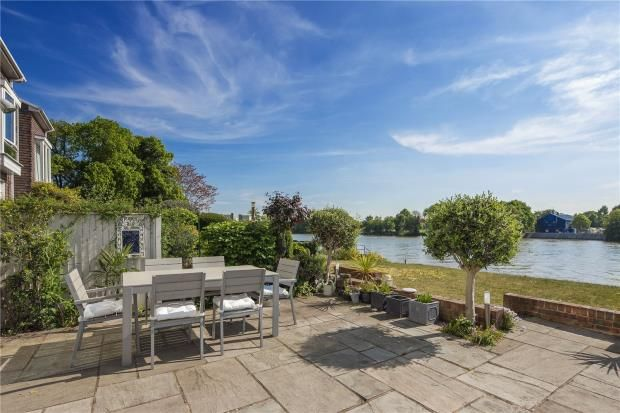Thumbnail Terraced house for sale in Chiswick Quay, Chiswick, London