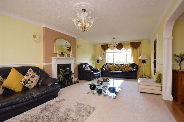 Thumbnail Detached house for sale in The Ridgeway, Tonbridge, Kent