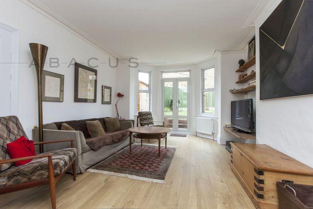 Thumbnail Flat to rent in Flat 1, Fairhazel Gardens, South Hampstead