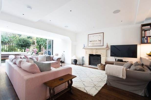 Thumbnail Property to rent in Lansdowne Road, London