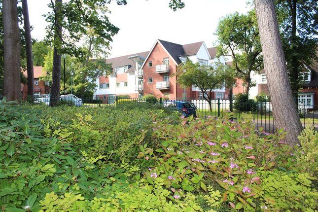 Thumbnail Flat to rent in Woodbrook Grove, Birmingham