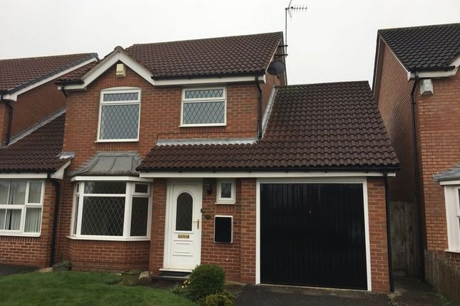Thumbnail Link-detached house to rent in Silkstone Way, Leeds