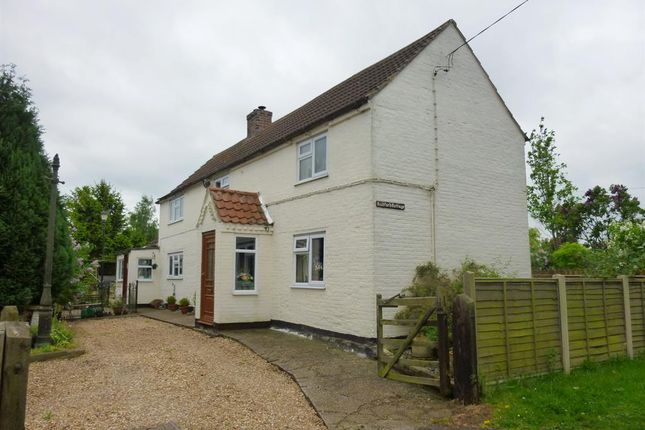 Thumbnail Cottage for sale in Town Street, Treswell, Retford