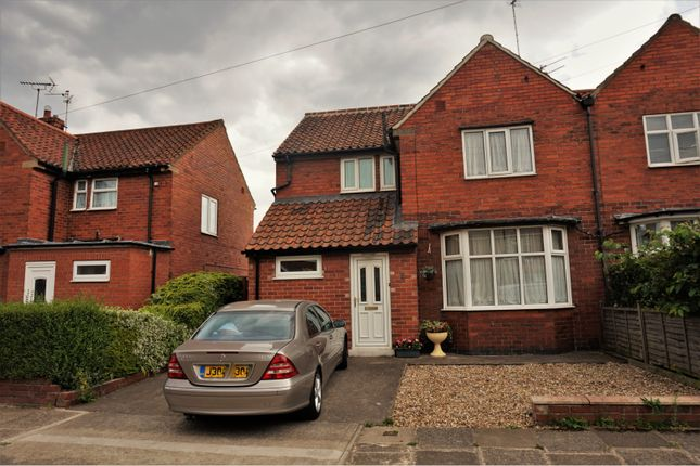 Thumbnail Semi-detached house for sale in Finsbury Avenue, York