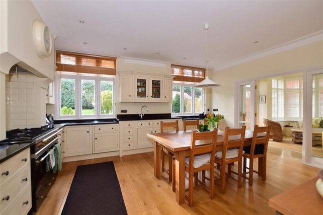 Thumbnail Detached house for sale in Ollards Grove, Loughton, Essex