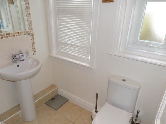 Cloakroom of Gorleston Road, Poole BH12